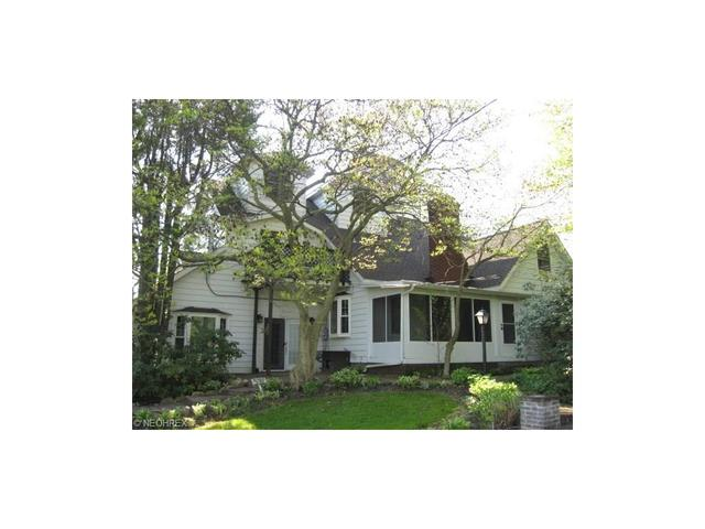 11188 Kent Ave Hartville, OH 44632