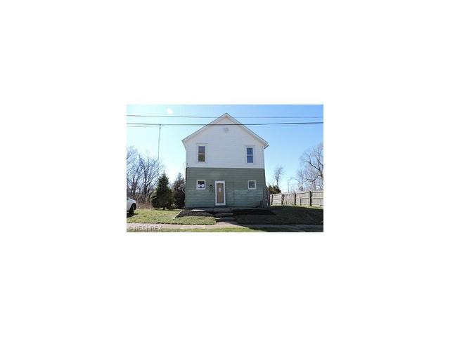 419 Columbus Ave, Ashtabula, OH