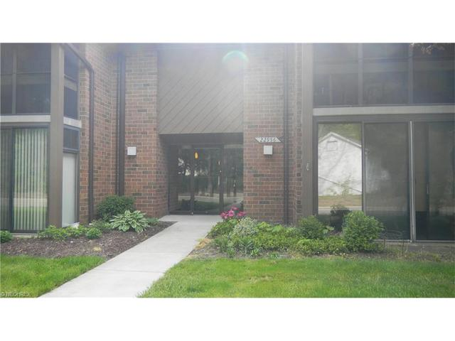 22956 Mastick Rd #APT 203, North Olmsted, OH