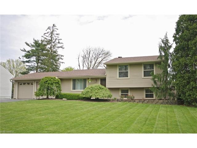 1841 Penny Ln, Youngstown, OH