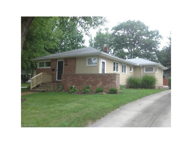 1745 Wiltshire Rd, Akron, OH