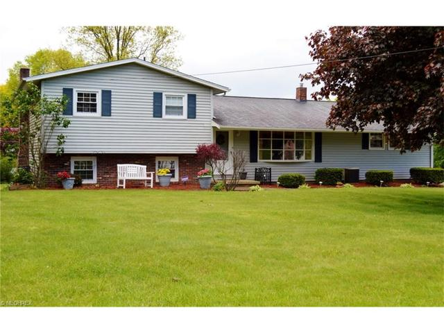 4914 Quincy St, Canton OH 44708
