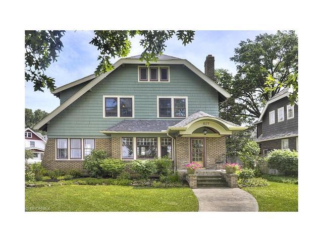 1577 Riverside Dr, Lakewood OH 44107