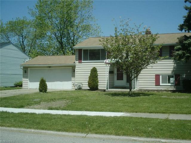 36673 Lakehurst Dr, Eastlake, OH