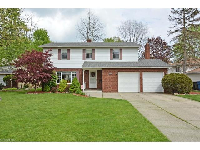 6117 Somerset Dr, North Olmsted, OH