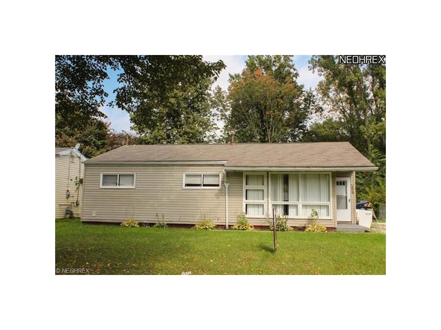 1689 Wakefield Dr, Akron, OH