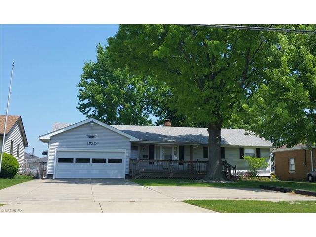 1720 Meister Rd, Lorain, OH