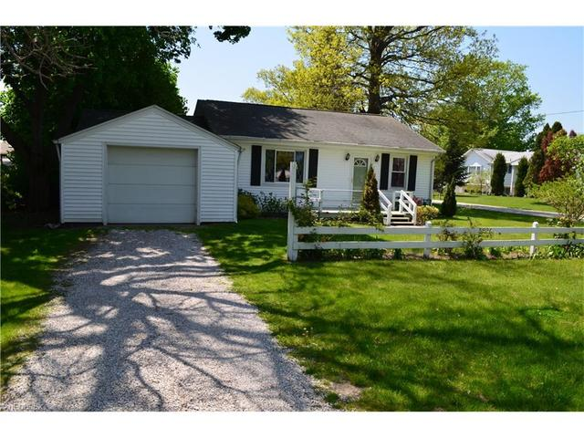 3926 Lake Rd, Ashtabula, OH