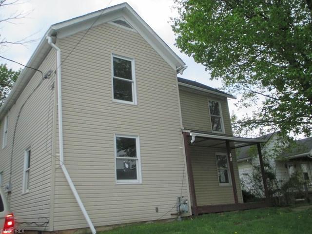 48 N Pembroke Ave, Zanesville, OH