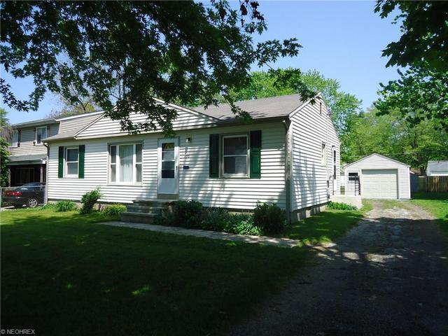 653 Cherokee Trl, Willoughby, OH