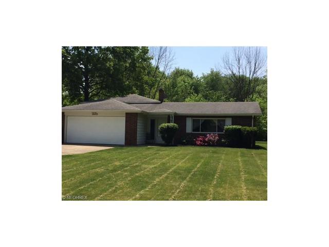 28493 Windsor Dr, North Olmsted, OH