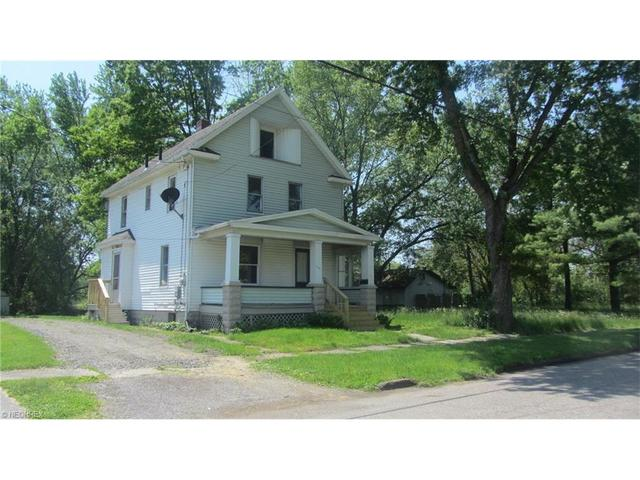 219 W State St, Niles, OH
