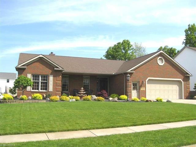 1523 Cornerstone St Hartville, OH 44632