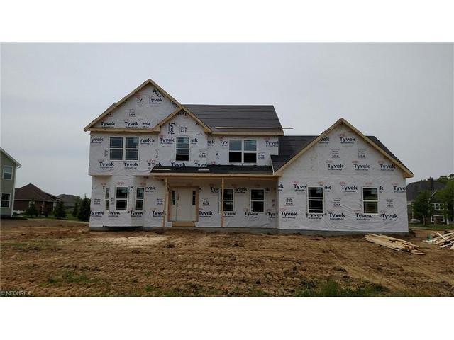 564 Glenberry Ave Hartville, OH 44632
