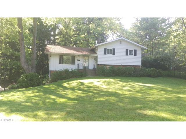 3061 S Oak Hill Rd, Stow, OH