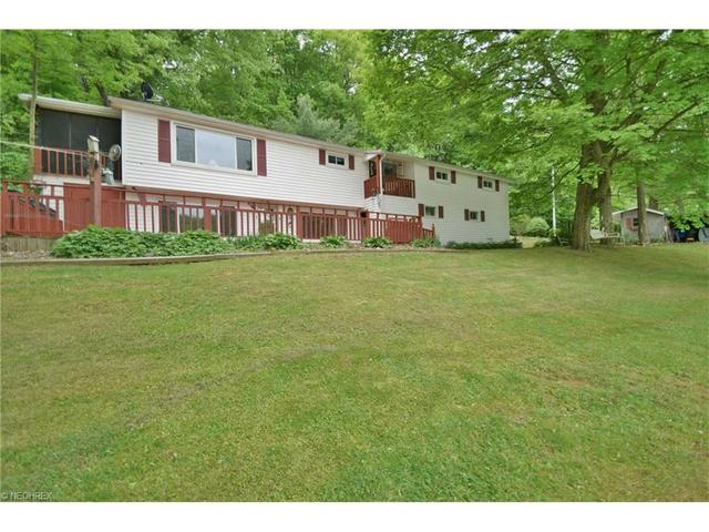 6270 Lakeview Dr Hanoverton, OH 44423