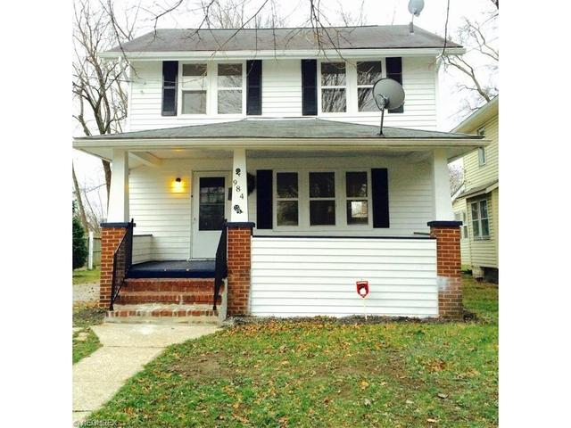 984 Hunt St, Akron, OH