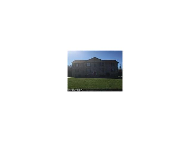 918 Pearson Cir #APT 2, Youngstown, OH