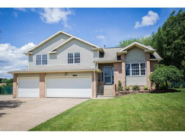 12210 Chestnut St New Franklin, OH 44614