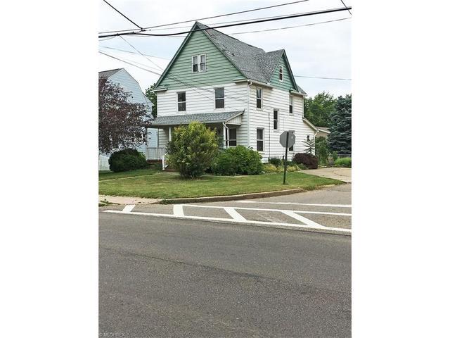 401 S Prospect Ave Hartville, OH 44632