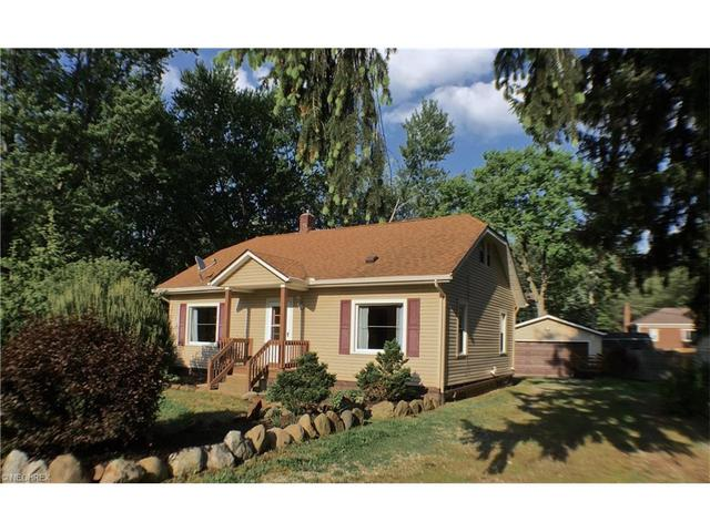 3077 Woburn Dr New Franklin, OH 44319