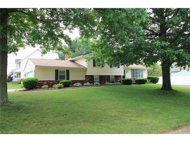 643 Basswood Ave New Franklin, OH 44614