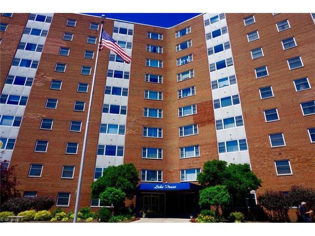 11850 Edgewater Dr #301 Lakewood, OH 44107