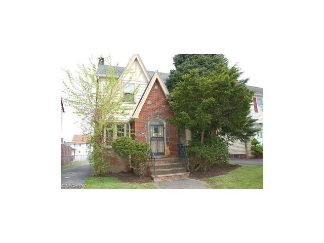 3593 Tullamore Rd South Euclid, OH 44118