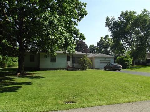 2635 Aspinwall, Warren, OH 44483