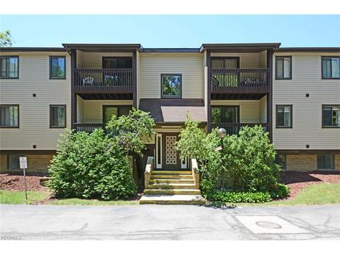 27413 Westown Blvd #1605, Westlake, OH 44145