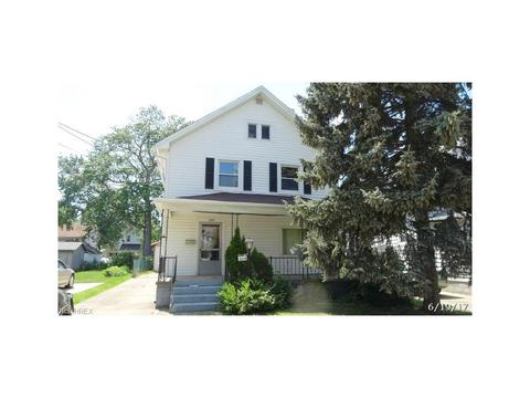 329 East St, Painesville, OH 44077