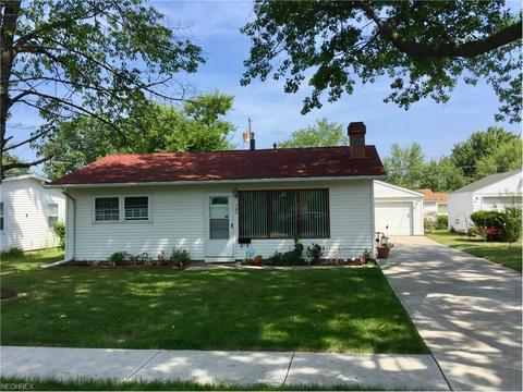 343 Belmont Ave, Elyria, OH 44035