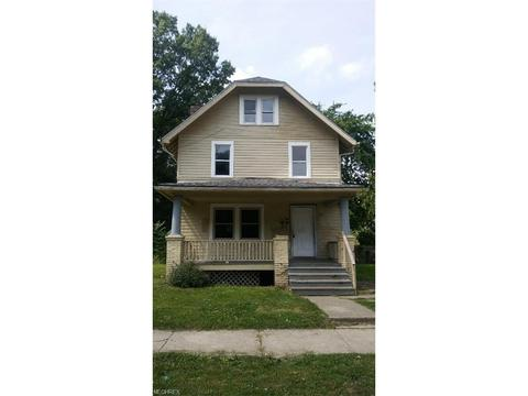 742 Garth Ave, Akron, OH 44320