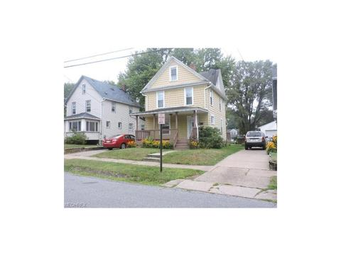 1222 Mcintosh Ave, Akron, OH 44314