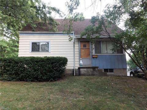 732 Garry Rd, Akron, OH 44305