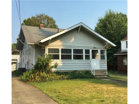 1802 Goodyear Blvd, Akron, OH 44305