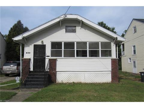 830 Peerless Ave, Akron, OH 44320