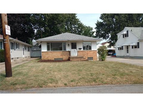 635 Palmetto Ave, Akron, OH 44306
