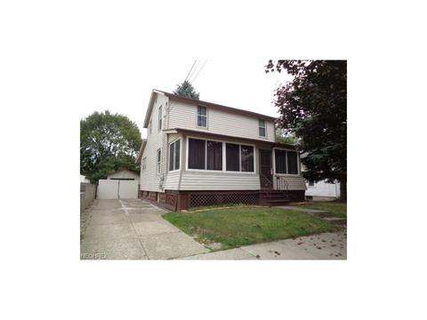 2323 27th St SW, Akron, OH 44314