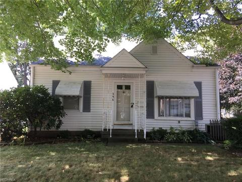 396 Crystal St, Akron, OH 44305