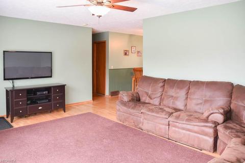 3312 Forestview St NE, Canton, OH 44721 MLS# 3998126 - Movoto.com