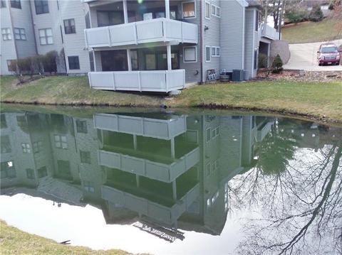 Bmv Akron Ohio >> 3911 Marsh View Dr 27 Akron Oh 44319 Mls 4078114