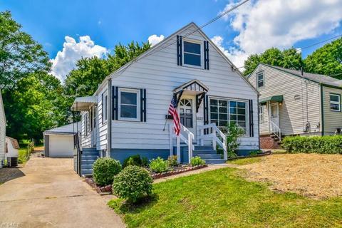 1622 Colonial Blvd NE, Canton, OH 44714