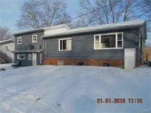 405 Gween Malvern, OH 44644