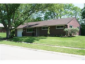 404 Orangewood Dr, Centerville OH 45429