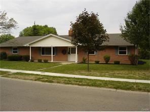 525 Clareridge Ln Centerville, OH 45458