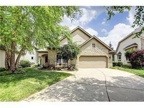 1157 Yankee Trace Dr Centerville, OH 45458