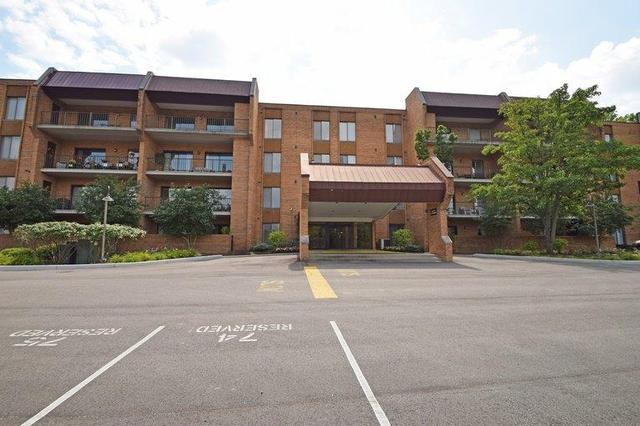 3543 Amberacres Dr #APT 302, Cincinnati OH 45237