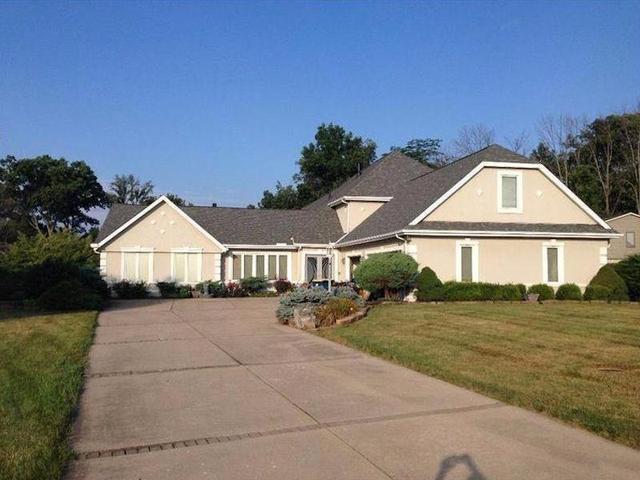 1628 Silverlake, Centerville OH 45458