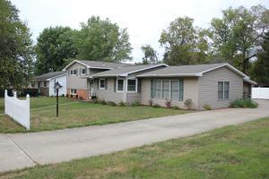 1015 Ellen Dr, Zanesville, OH